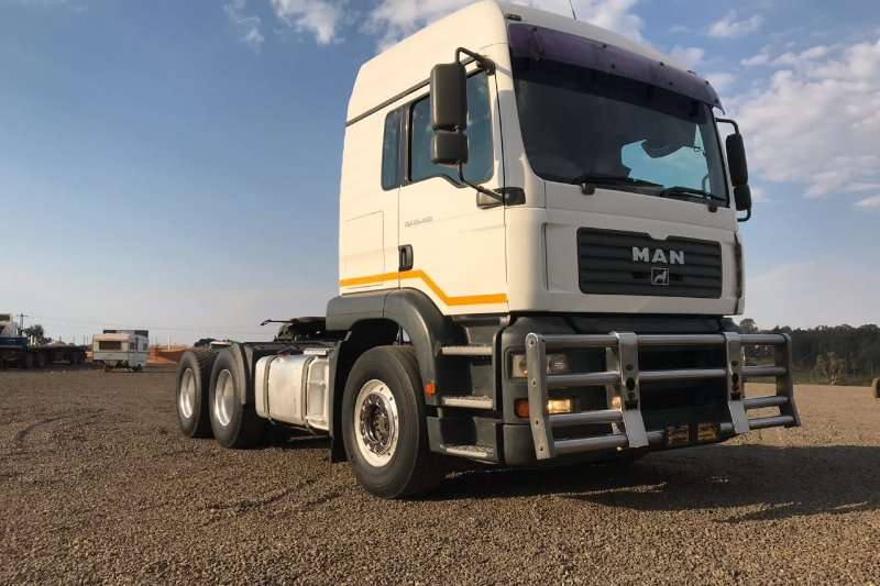 MAN Truck-Tractor Double Axle MAN TGA 26-480 2007