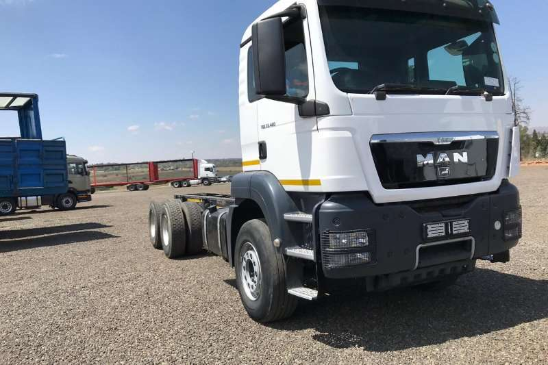 MAN Truck-Tractor Double Axle MAN TGS 33-480 LWB 2013