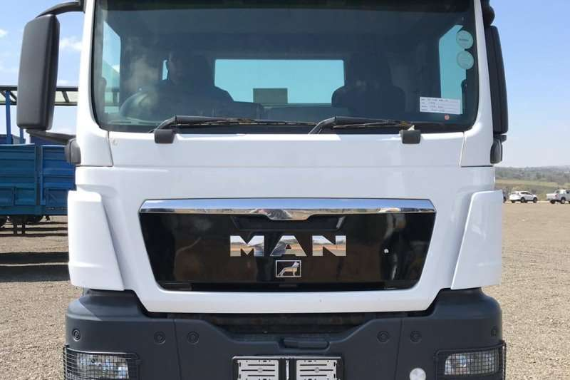 MAN Double axle MAN TGS 33 480 LWB Truck-Tractor