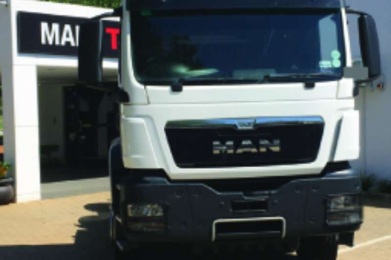 MAN Double axle TGS 33 480 BBS L Truck-Tractor