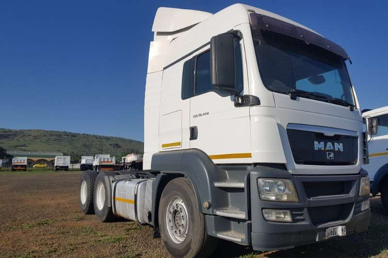 MAN Truck-Tractor Double Axle TGS26.440 2013