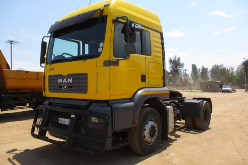 MAN Truck-Tractor Single Axle MAN TGA 15.400 4X2 MECHANICAL HORSE