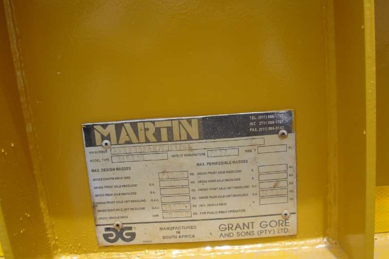 Martin CLIP OFF NECK ,3 AXLE, LOWBED Lowbeds
