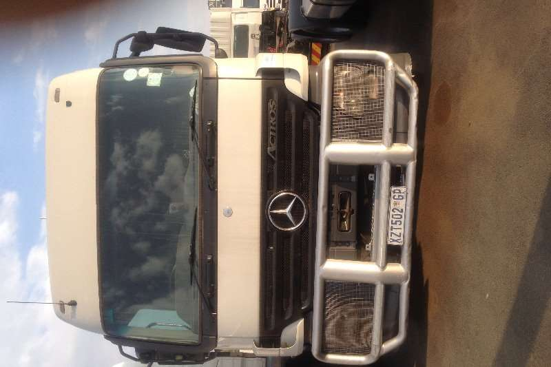 Mercedes Benz Actros 2644 Horse