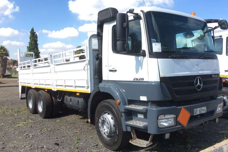 Mercedes Benz Axor 2628 Manual Dropside with Tail Lift
