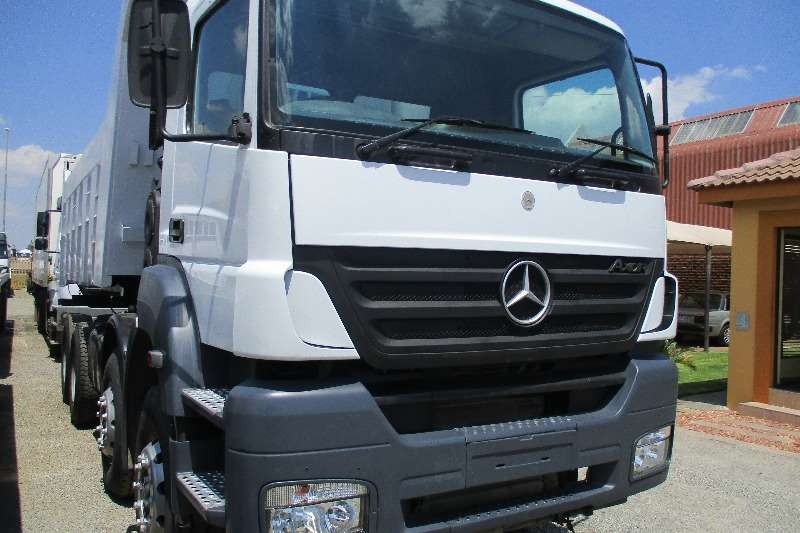 Mercedes Benz Axor 35-35 Tipper Twin Steer 18m