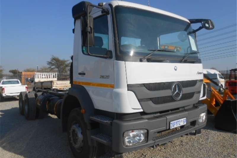 Mercedes Benz Axor Chassis Cab