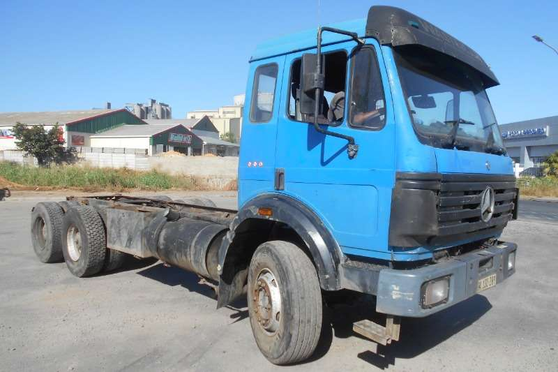 Mercedes Benz Mercedes Benz 2426 Powerliner
