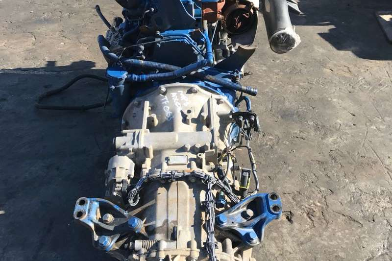 Mercedes Benz Spares AXOR MP3 ENGINE + GEARBOX