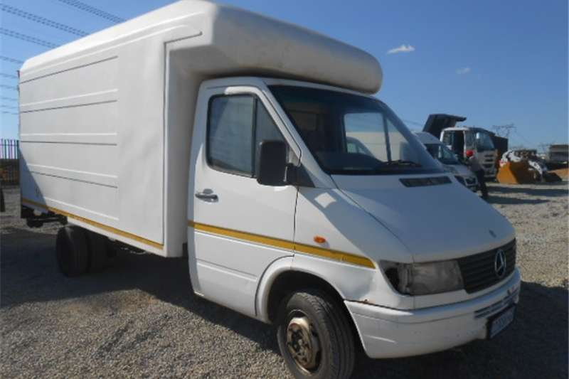 Mercedes Benz Sprinter 412D Panel Van