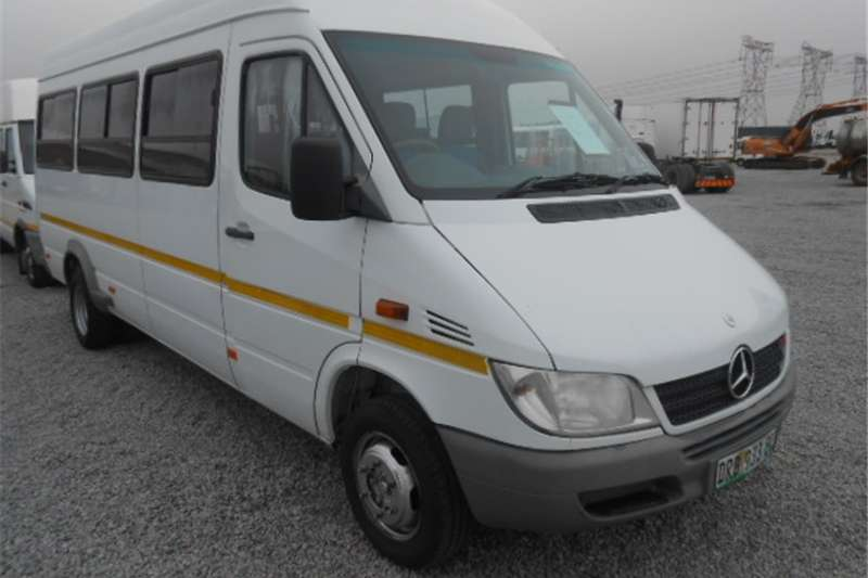 Mercedes Benz Sprinter 416CDI 22 Seater