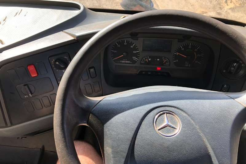Mercedes Benz 2006 1823 7m Tipper Truck