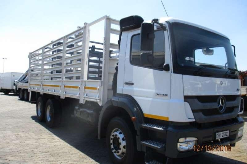Mercedes Benz Cattle body MERC BENZ AXOR CATTLE BODY Truck