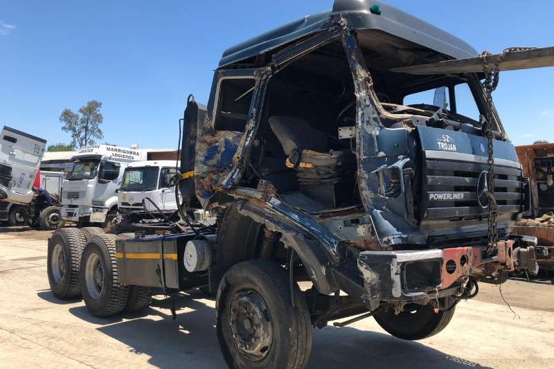 Mercedes Benz Chassis cab 2635 POWERLINER Truck
