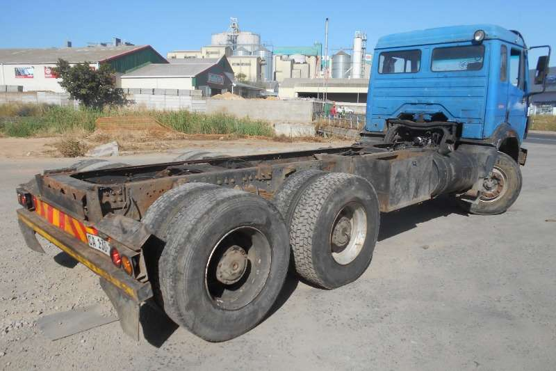 Mercedes Benz Chassis cab Mercedes Benz 2426 Powerliner Truck