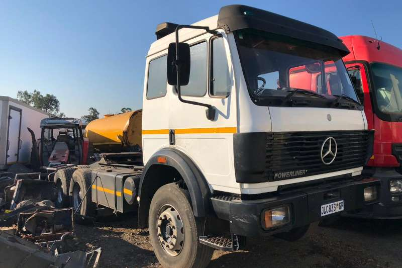 Mercedes Benz Chassis cab POWERLINER Truck