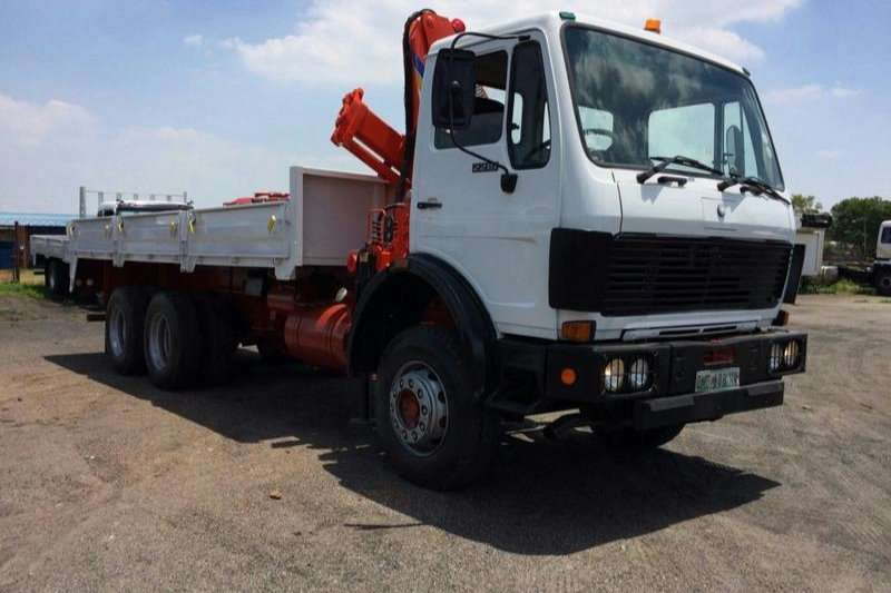 1991 Mercedes Benz 2219 DROPSIDE WITH CRANE 5 CYL DIESEL