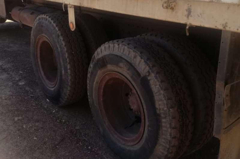 Mercedes Benz Dropside Bullnose 2624 Truck