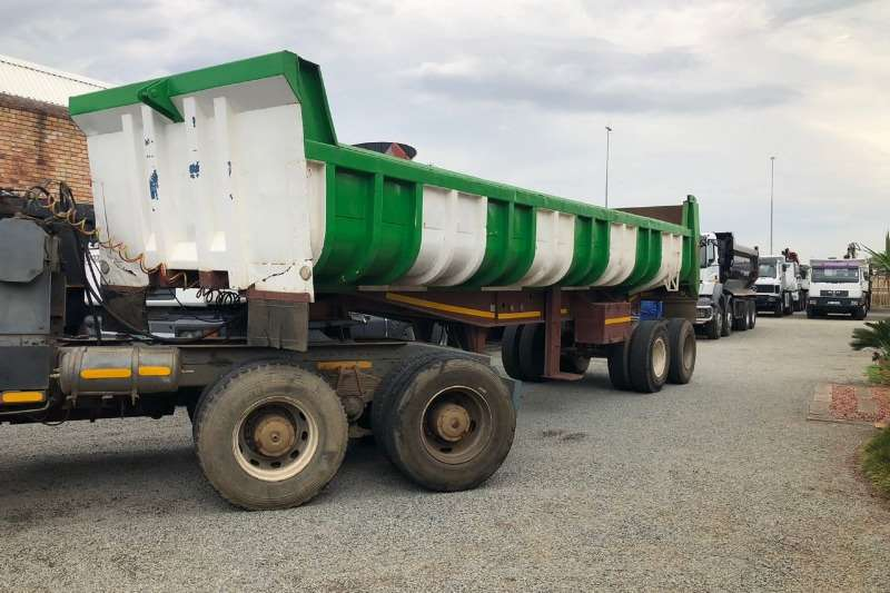 Mercedes Benz Powerliner 26 35 with 22m Copelyn Truck