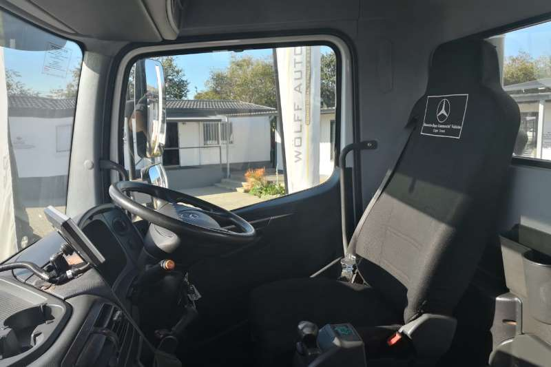 Mercedes Benz Tipper 2016 MBenz 3335K 10 Cube Tipper Truck