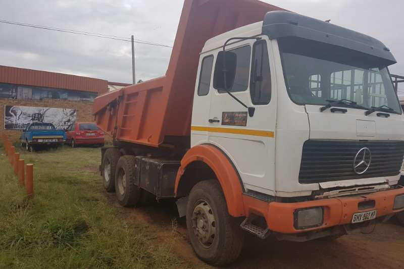 Mercedes Benz Tipper 2628 V series 10 m 3 tipper Truck