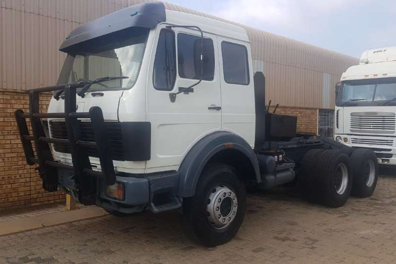 Mercedes Benz Double axle 2632 Powerliner with 50Ton Winch Truck-Tractor