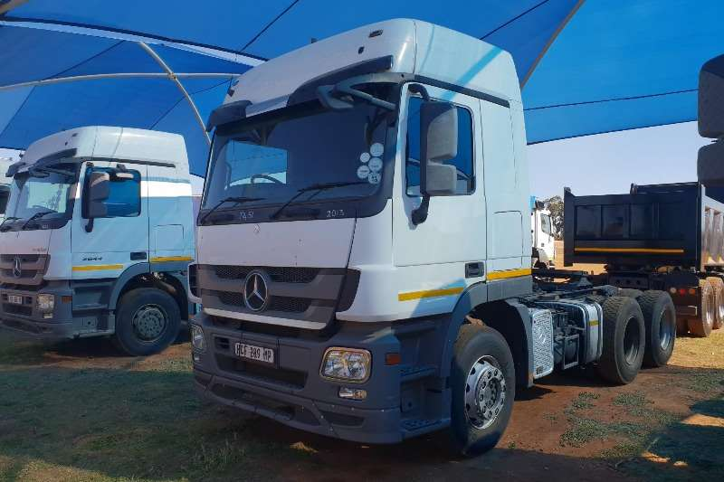 Good Mercedes Benz Double Axle Actros 2644 MP3 Truck Tractor