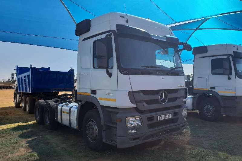 Marvelous Mercedes Benz Double Axle Actros 2644 MP3 Truck Tractor
