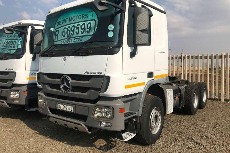 Mercedes Benz Double axle Actros 3344 Truck-Tractor
