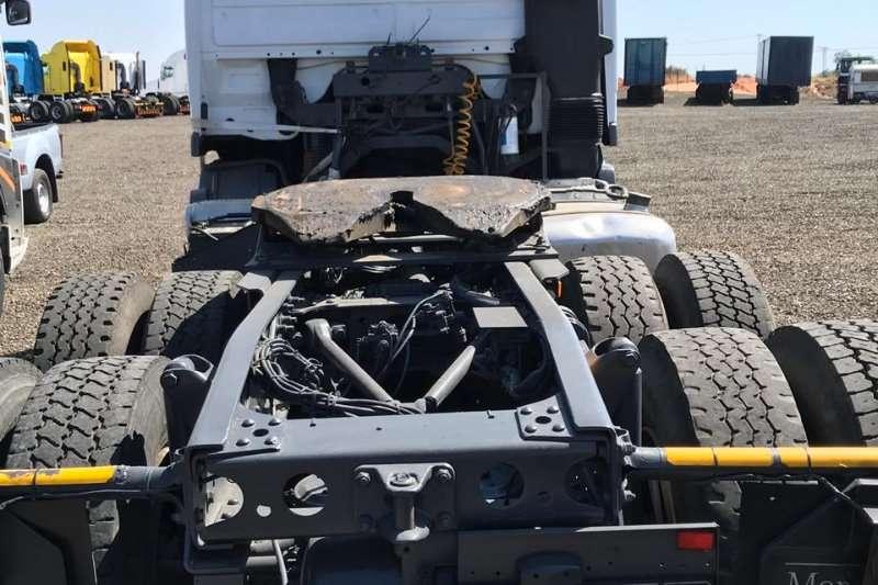 Mercedes Benz Double axle Mercedes Benz Actros Truck-Tractor