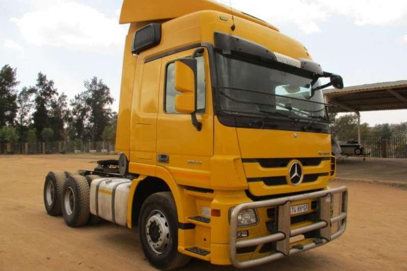 Mercedes Benz Double axle MERCEDES BENZ ACTROS 2644 6X4 MECHANICAL HORSE Truck-Tractor