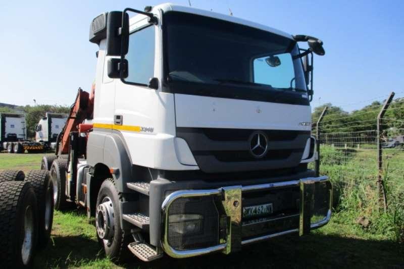 Mercedes Benz Truck-Tractor Double Axle MERCEDES BENZ AXOR 3340 6X4 MECHANICAL HORSE & HYD