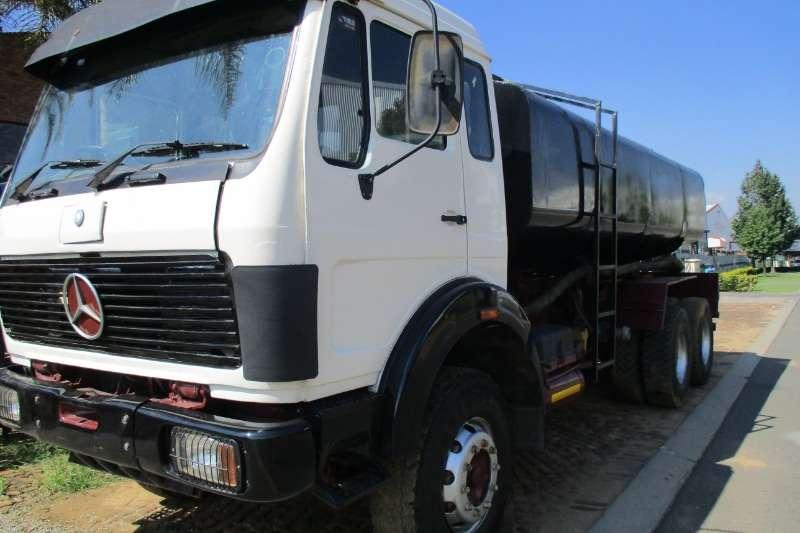 Mercedes Benz V Series 26 28 Tanker 16000Ltr Truck