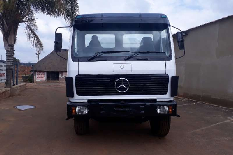 Mercedes Benz Truck Water Tanker 18 000 LITER MERCEDES VSERIES