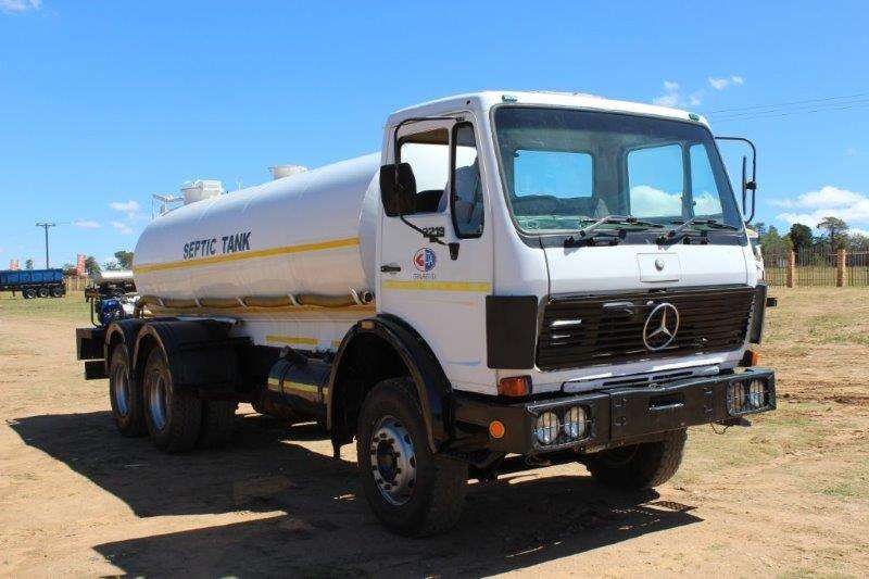 Mercedes Benz M/BENZ 2219 V-SERIES SEPTIC TANKER Water