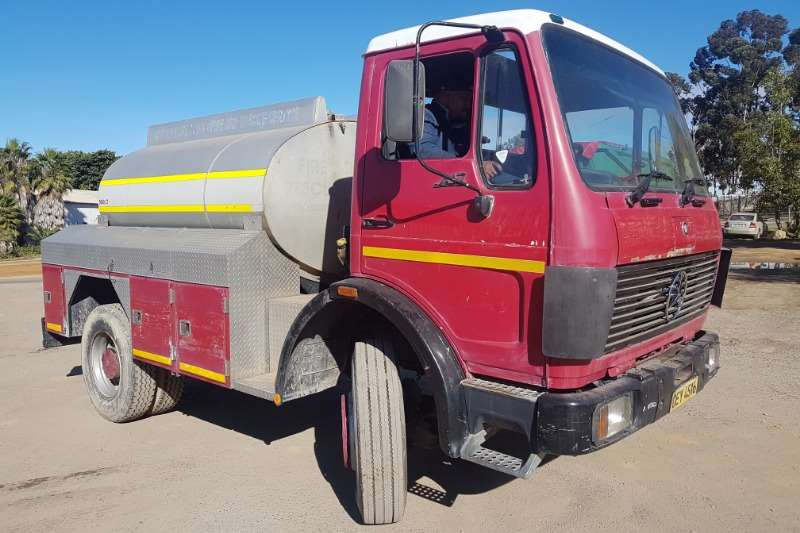 Mercedes Benz Truck Water Tanker Mercedes Benz 1417 1989