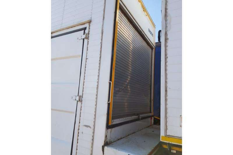Motor Trail Pantech Furniture Trailer Closed Body Trailers