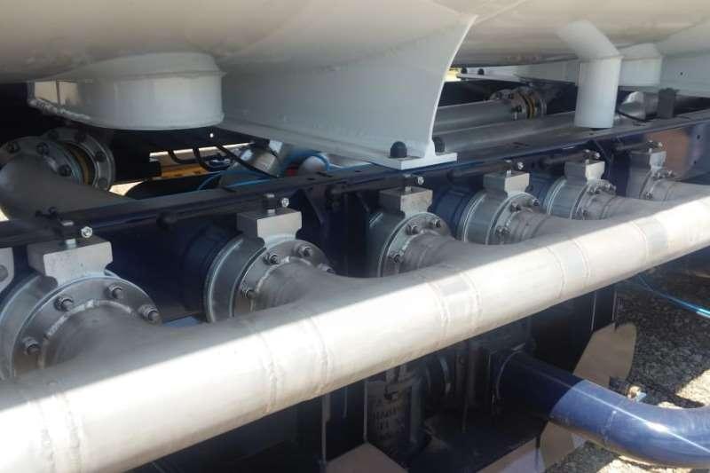 New Henred 50,000l Fuel Tanker Triaxle Trailer