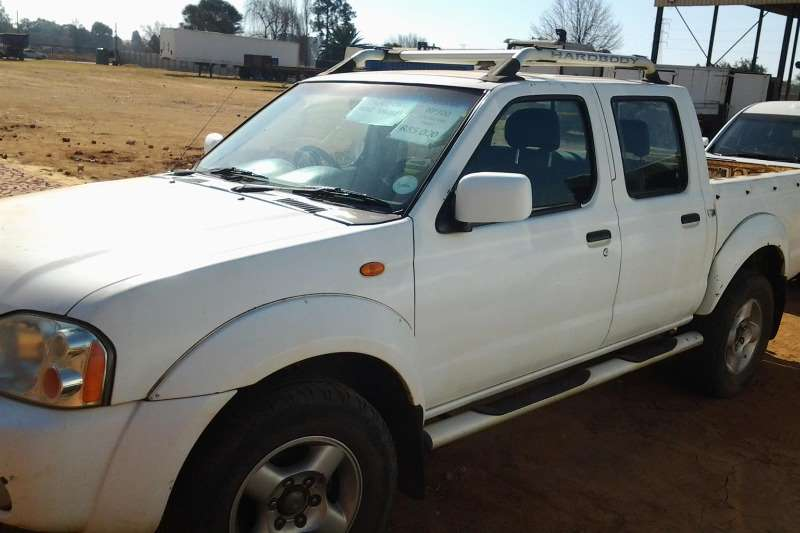 Nissan Nissan Hard body, NP300. LDVs & panel vans