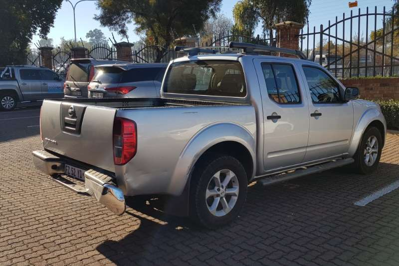 Nissan Nissan Navara 2.5Dci LE executive. NO VAT LDVs & panel vans