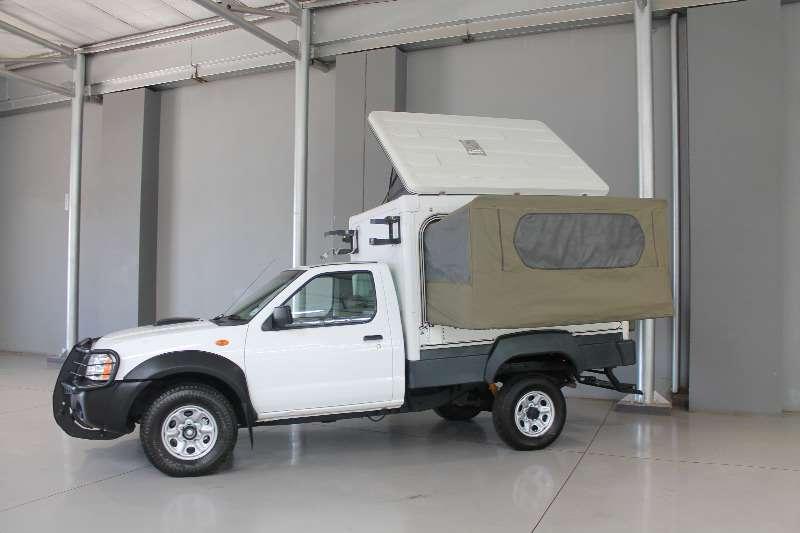 Nissan Nissan Np300 Hardbody 2.5 D 4x4 Trax S/C Motor Hom LDVs & panel vans