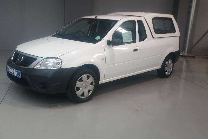 Nissan NP2001.5 DCi A/C + Safety Pack LDVs & panel vans