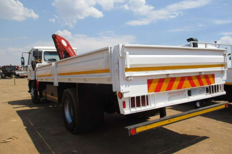 Nissan Crane truck NISSAN UD80 DROPSIDE WITH FASSI F750 CRANE Truck