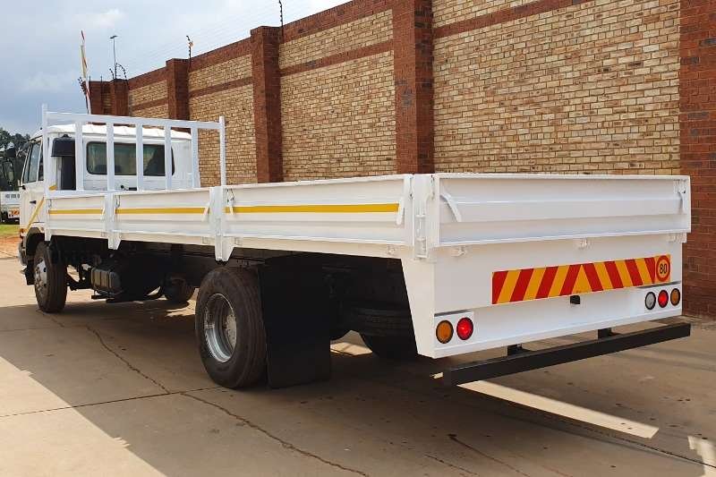 Nissan Dropside UD90,8 TONNER FITTED WITH DROPSIDE BODY Truck