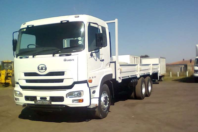 Nissan Other NISSAN UD 26 490 QUON COOLDRINK BODY Truck