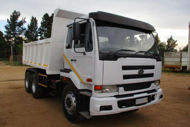 Nissan Truck Tipper NISSAN UD 440 10 CUBE TIPPER