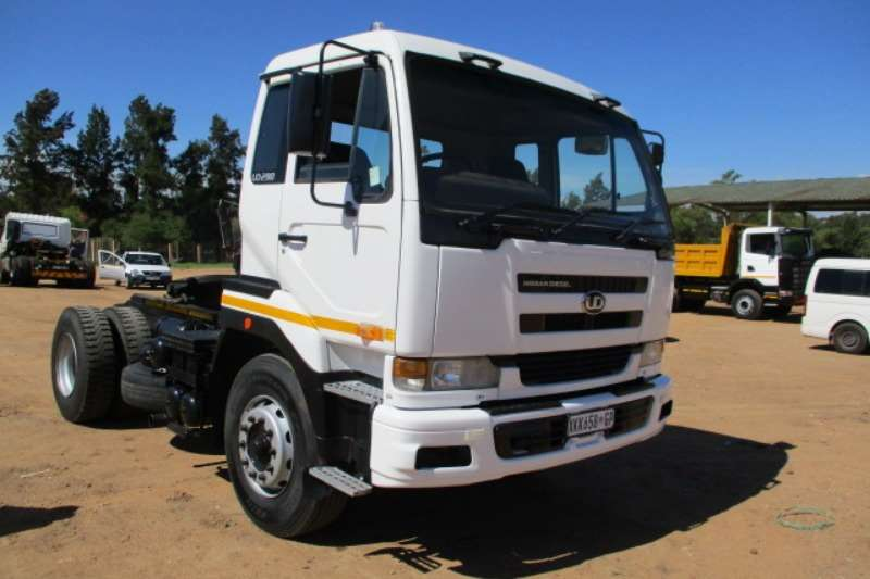 Nissan Truck-Tractor NISSAN UD 290 4X2 MECHANICAL HORSE 2008