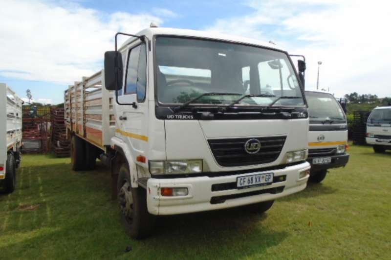 Nissan Truck UD 80 With Cattle Body 2012