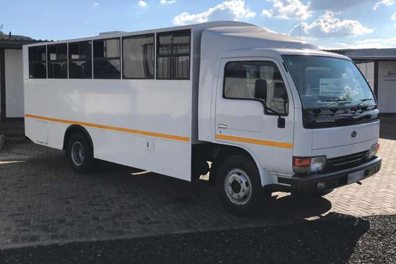 Nissan Truck UD40 2009