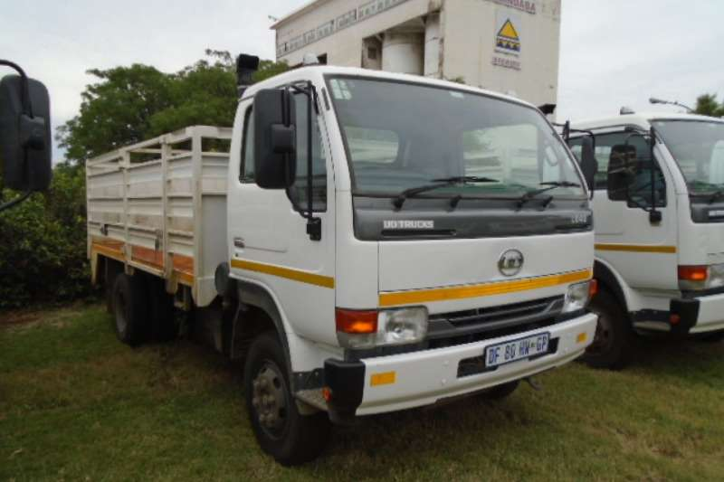 Nissan Truck UD40 With Cattle Body 2014